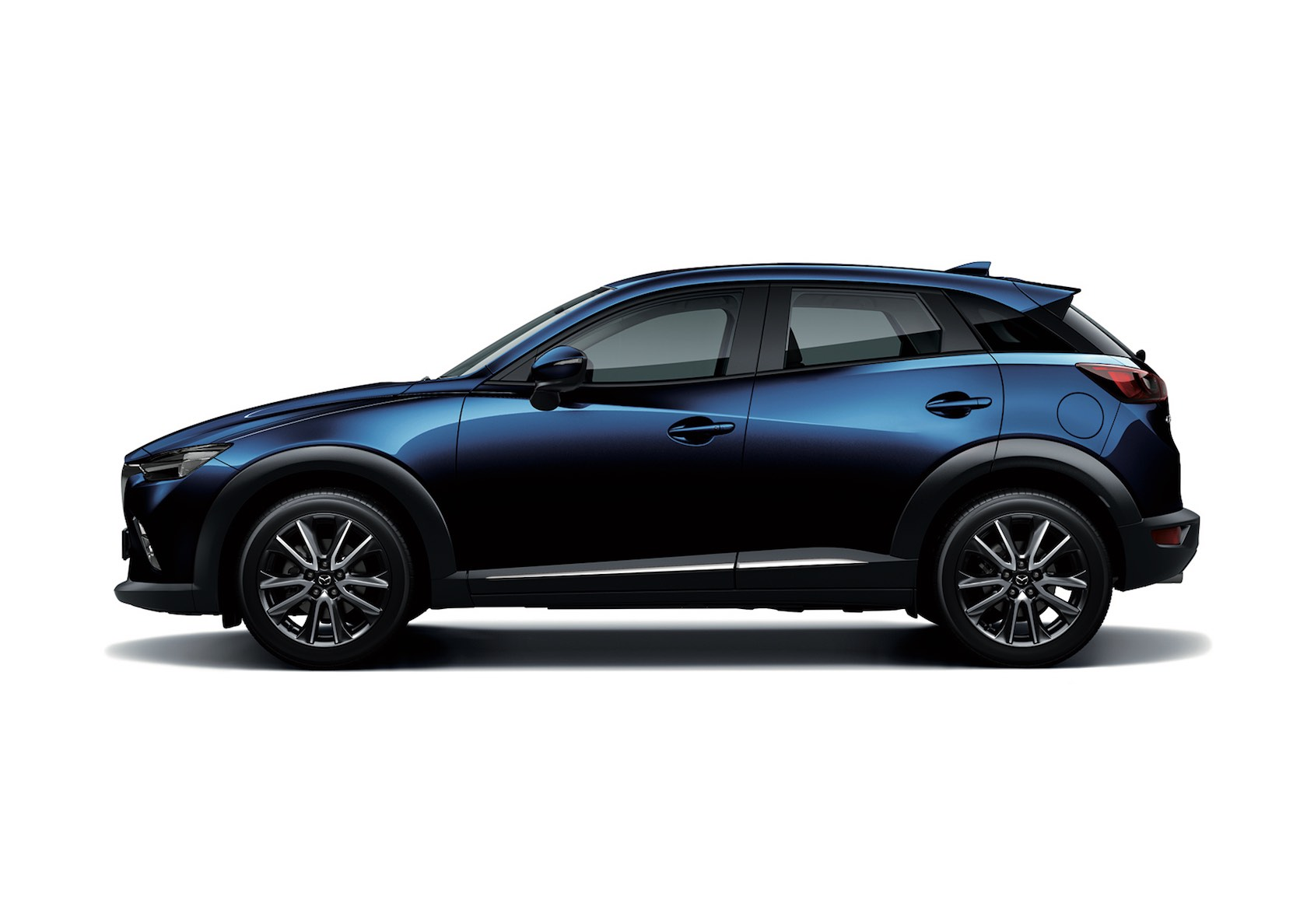 prix mazda cx 3 2 0 l skyactiv g core grade a partir de 91 600 dt. Black Bedroom Furniture Sets. Home Design Ideas