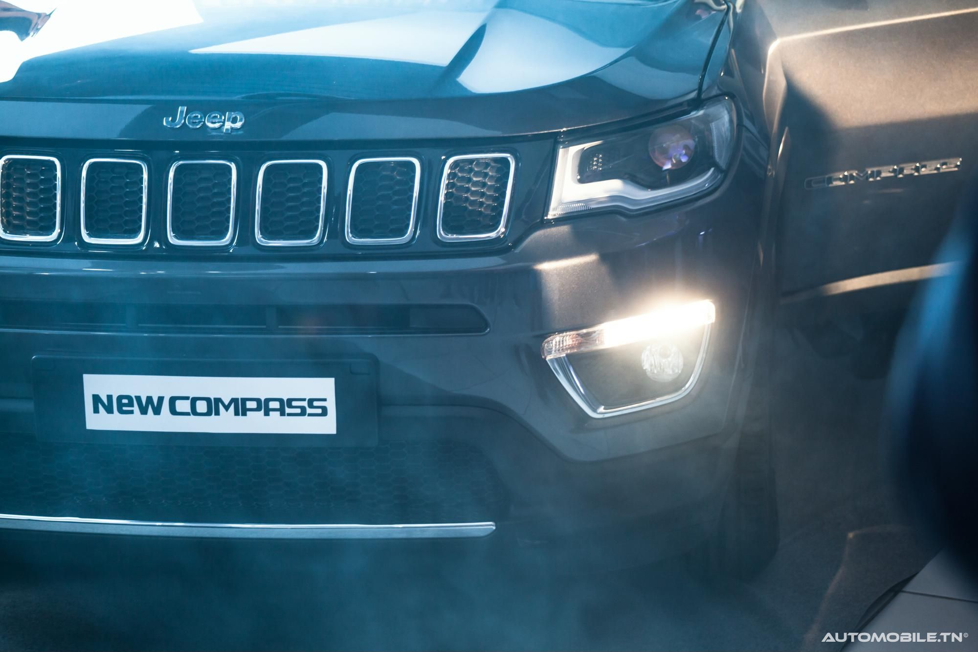 prix jeep compass 1 4 t 170 limited 4x4 bva neuve 168 000 dt. Black Bedroom Furniture Sets. Home Design Ideas
